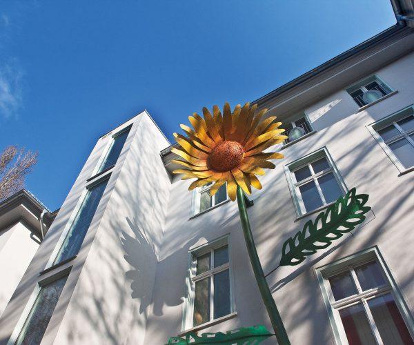 cornelia-gloger-fox-p2-architekturbüro-berlin-obersteiner-riesenblumen